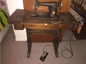 Antique Singer sewing machine in Coventry