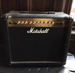 Marshall MG30DFX practice amp