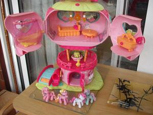 My Little Pony Play House (4 ponies included)