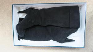 Danielle Black Boots UK 6 EUR 39 Italian Suede Knee High Hee