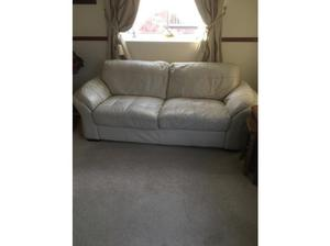 2 and 3 seater leather sofas in Lowestoft