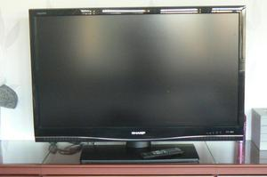 40 SHARP AQUOS TV