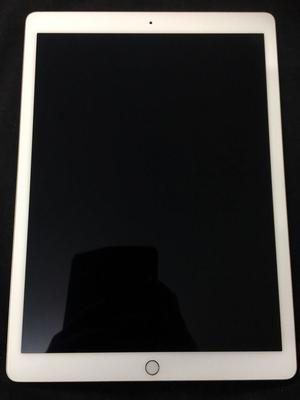 Apple iPad Pro 128GB, Wi-Fi, 12.9in - Gold