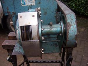 COMB FEATHER PLUCKING MACHINE