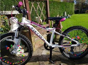 Girls carrera luna mountain bike in Pontypool