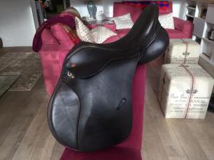 Kent & Masters 17.5'' medium brown gp adjustable saddle