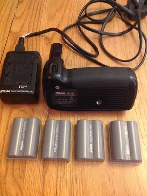 Nikon MB-D80 battery grip for Nikon D90 and 4 batteries