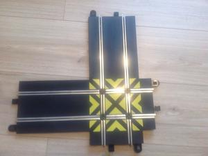 SCALEXTRIC Sport Track crossover