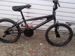 BMX REAPER ALL BLACK 20 inch WHEELS NEW BRAKE CABLES £100 ovno