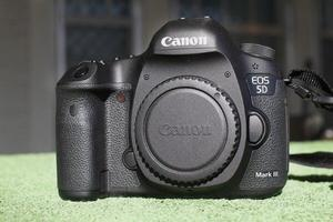 Canon 5D Mark III 3 Body Only