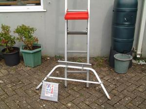 Extending Ladder and accessories