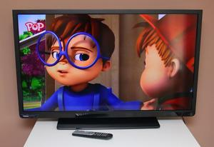 """Fantastic 40"""" LED TOSHIBA FULL HD TV, HDMIs, USBs, built in FREEVIEW, remote ! FULLY WORKING !"""