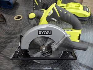 RYOBI 18 VOLT CIRCULAR SAW