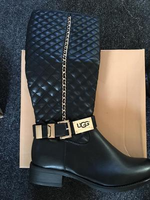 Women's ugg boots brand new