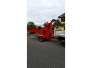 Camon wood chipper in Weston Super Mare