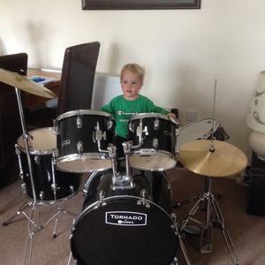 Drum kit made by maypex (tornado) black & chrome.