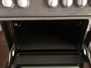 Hotpoint electric oven/cooker and hob