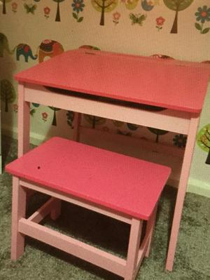 Kids drawing table