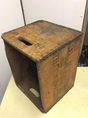 Period beer crate