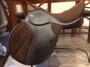 """Thorowgood Compact T4 GP saddle 17.5"""" adjustable brown"""