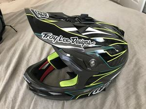 Troy Lee Designs Carbon D3 Helmet
