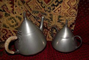 Vintage Pewter KDM teapot with matching sugar bowl.