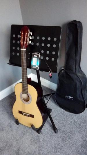 Acoustic starter guitar & Accessories