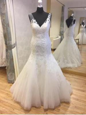 Brand new Ellis wedding dress 16