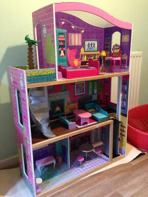 Kids Kraft Dolls House with furniture