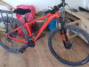 Specialized Rockhopper Pro 29 Mountain Bike