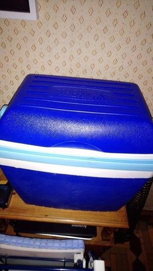 Thermos Cool box and ice packs