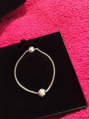 Thomas sabo braclet with silve bead and it's lovely