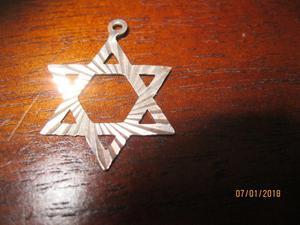 9ct gold star of david