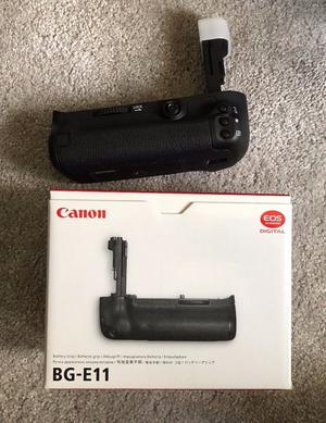 Canon BG-E11 Battery Grip For 5D3 - Mint condition (never used)