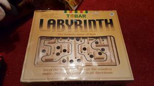 Labyrinth maze board game