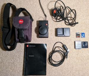 Leica D-Lux 3 Digital Camera (Needs Repair) with all Accessories