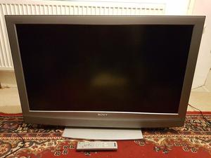 SONY BRAVIA 40 INCH LCD (LARGE TV)