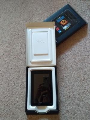"Amazon Kindle Fire E-Reader 8gb Storage 1gb RAM 7"" Multi"