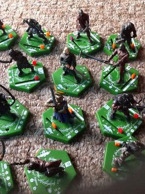 Lord of the rings combat Hex figures