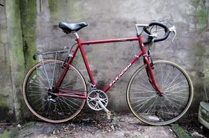 SARACEN SKYLINE. 25 inch, 63.5 cm, XXL size. Racer racing road bike, 21 speed