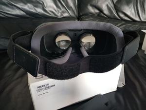 VR gear fits most samsung phones
