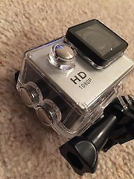 action camera fitted with 32gbt sd card hd camera