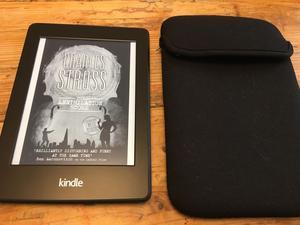 Amazon Kindle Paperwhite 2GB, Wi-Fi, 6in E-reader - Black