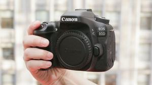 Eos 80D like new + mm EF-S Canon