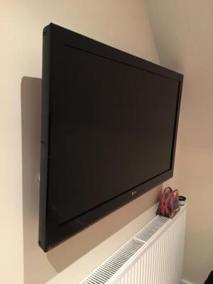 LG 42inch LCD TV