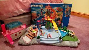 Playmobil swimming pool set