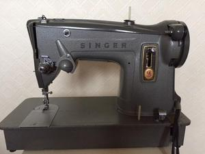 SINGER 329 Electric Sewing Machine 's