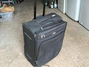 Samsonite wheeled suitcase