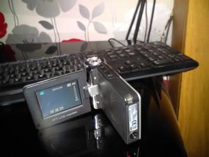 traveller dv  video camera/camera/mp3 player