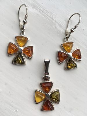 Baltic amber & silver set